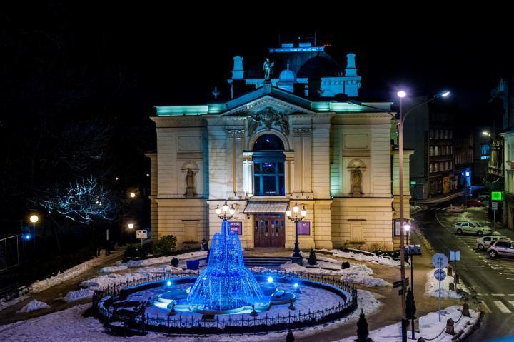 """Teatr Polski w akcji """"Godzina dla Ziemi"""""""